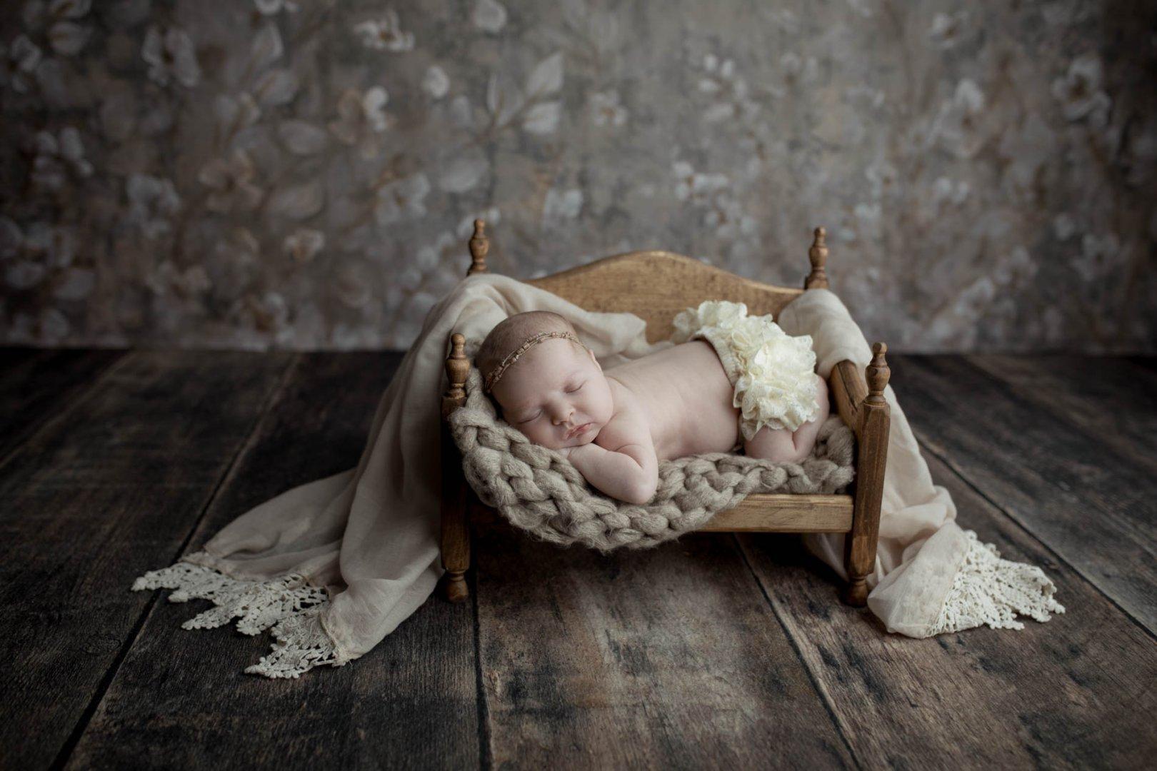 SandyConwayPhotography_Newborn--39