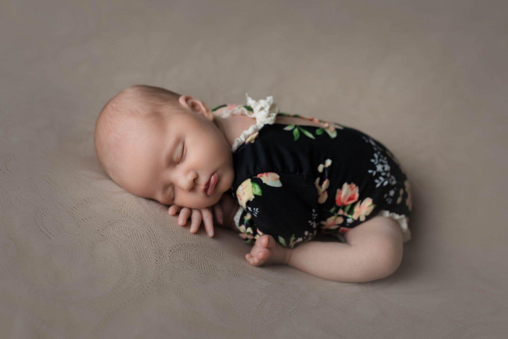 SandyConwayPhotography_Newborn--47